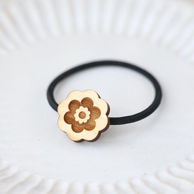 ヒノキのヘアゴム レトロ花