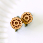 木のレース花柄イヤリング