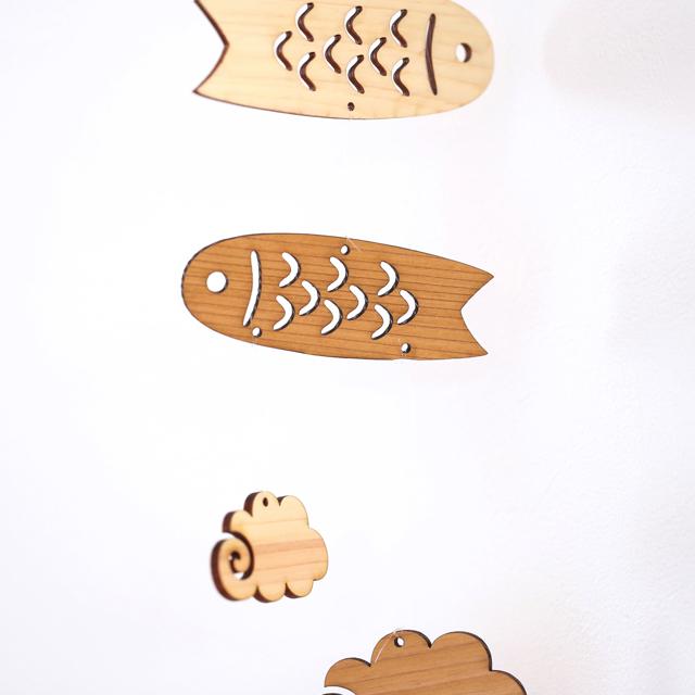 壁掛けこいのぼりの木製モビールアップ