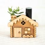 お菓子の家の木製印鑑スタンド