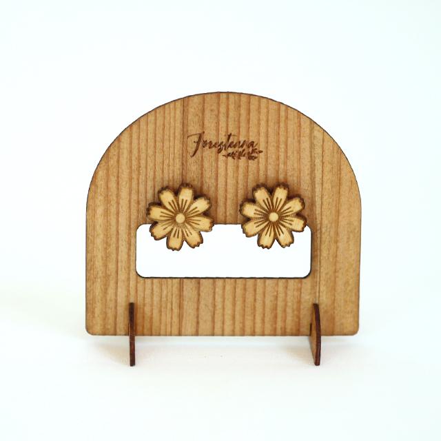 コスモスのピアス木製台紙
