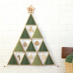 木製クリスマスタペストリーツリーキット(ハリネズミオーナメント付き)