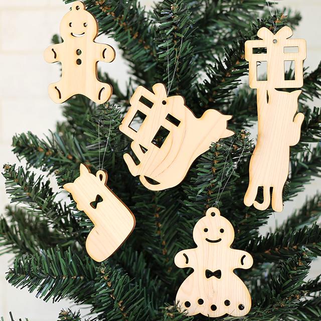 木製クリスマスオーナメント5枚セット(ネコ)
