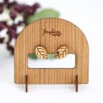 落ち葉の木製スタッドピアス・イヤリング(ディスプレイスタンド付)